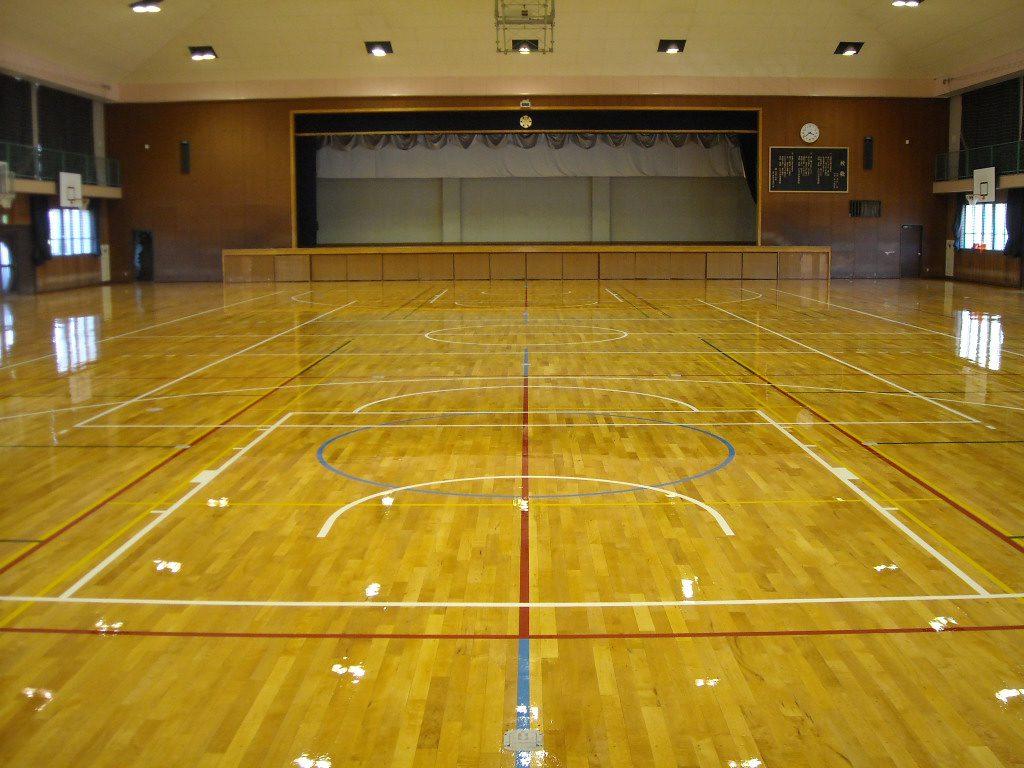茨城県J学院体育館サンダー塗装工事