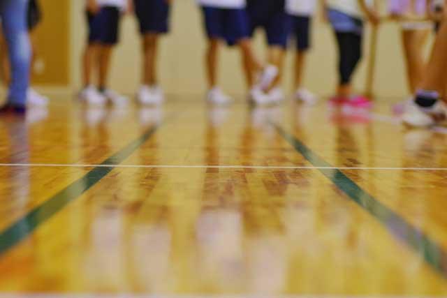 体育館スポーツフロアの管理者による日常点検内容について