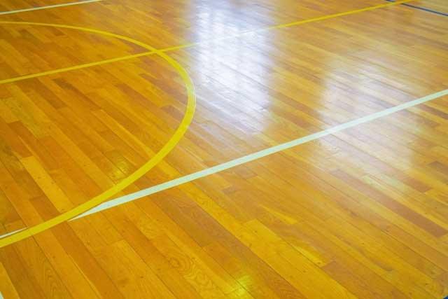 体育館スポーツフロアの床の損傷の主な原因について