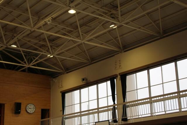 屋内運動場等の天井等総点検用マニュアル<br>【第1節 天井の耐震点検と対策の実施 ステップ3】